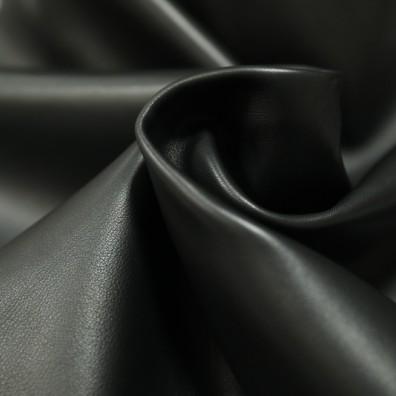 Chant Black